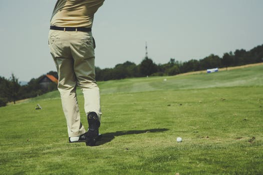 How to overcome nerves on the first tee